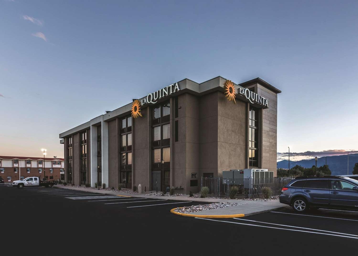 Exterior view - La Quinta Inn & Suites North Colorado Springs