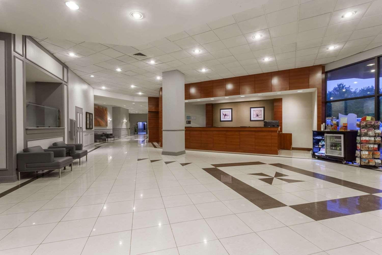 Lobby - Wyndham Hotel Southbury