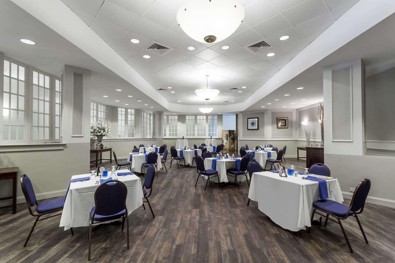 Restaurant - Wyndham Hotel Southbury