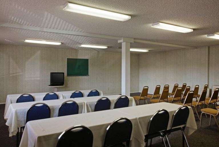 Meeting Facilities - Days Inn Hemet