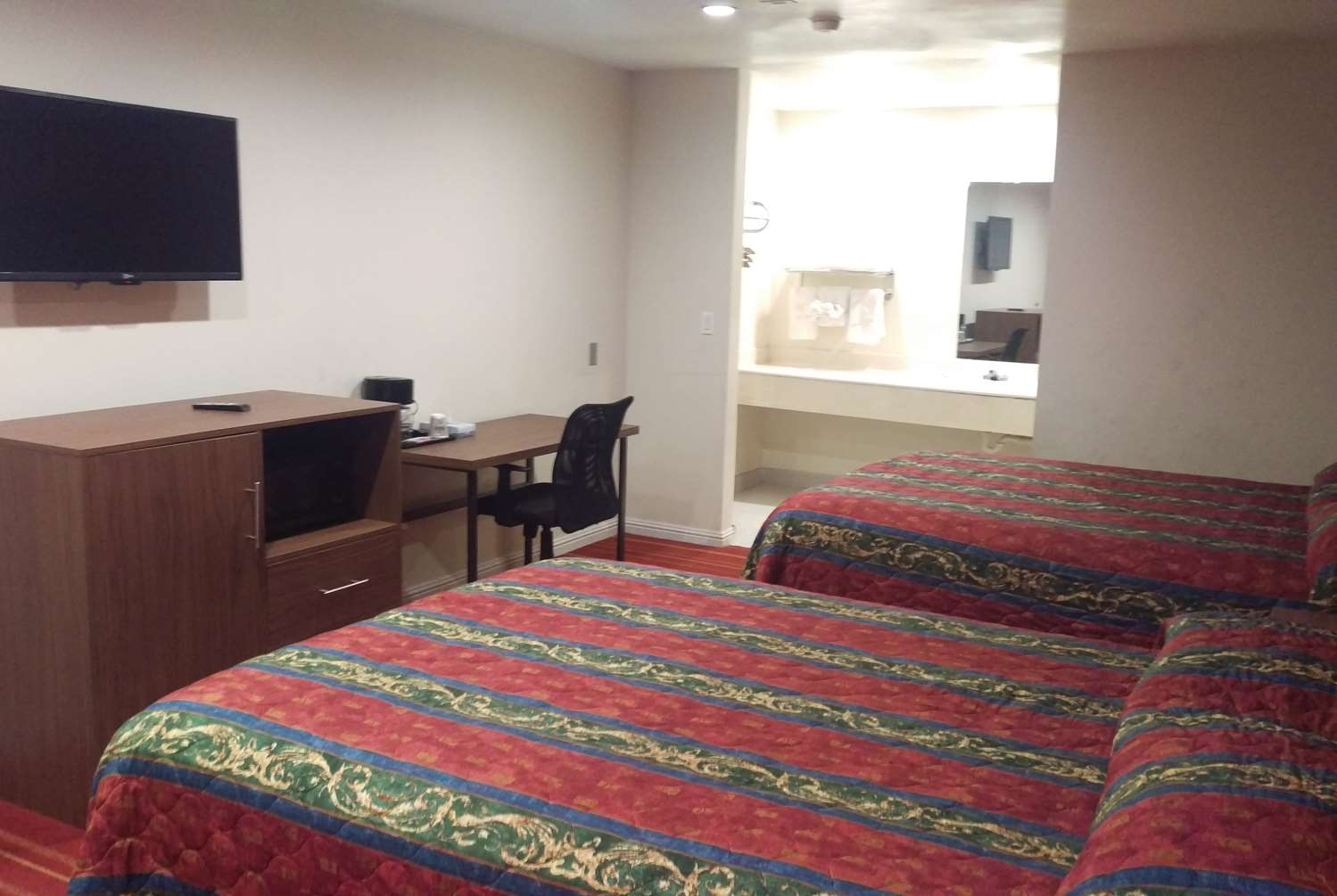 Room - Days Inn Hemet