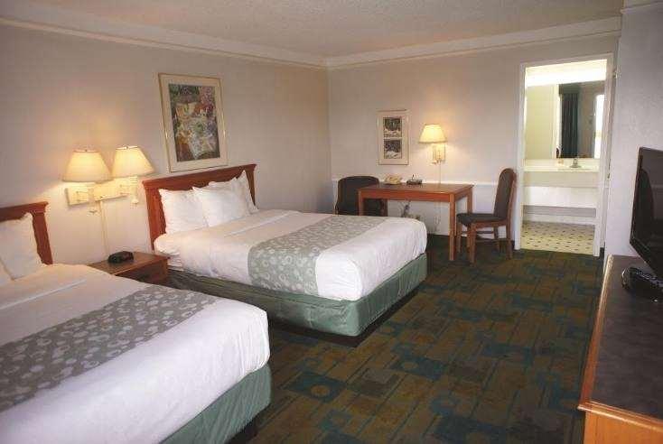 Room - Days Inn Georgetown