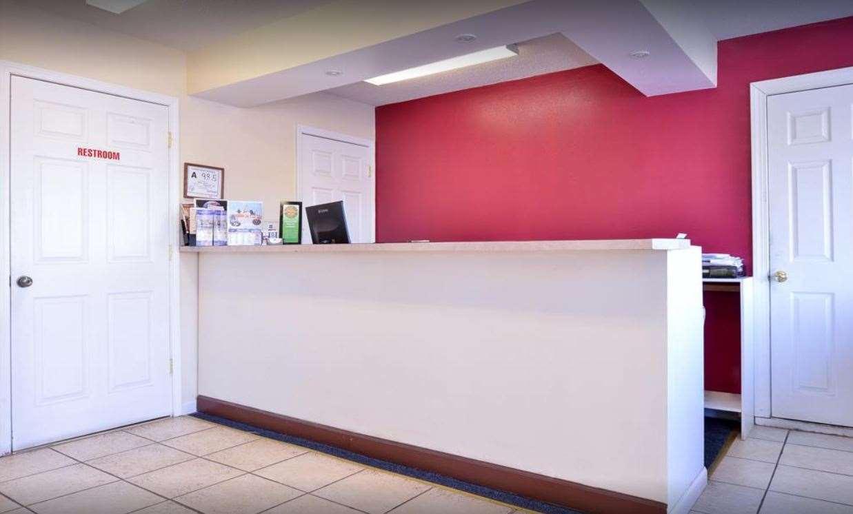 Lobby - Knights Inn Lumberton