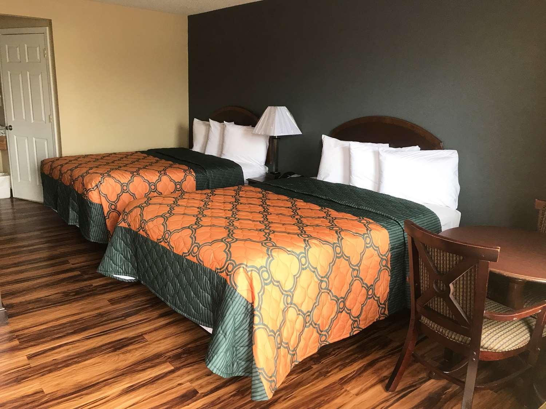 Room - Knights Inn Lumberton