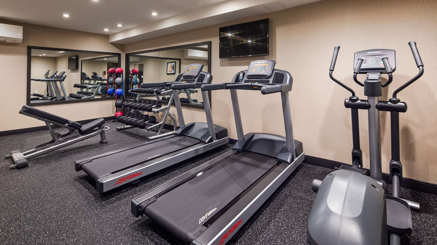 Fitness/ Exercise Room - Best Western Braintree Inn