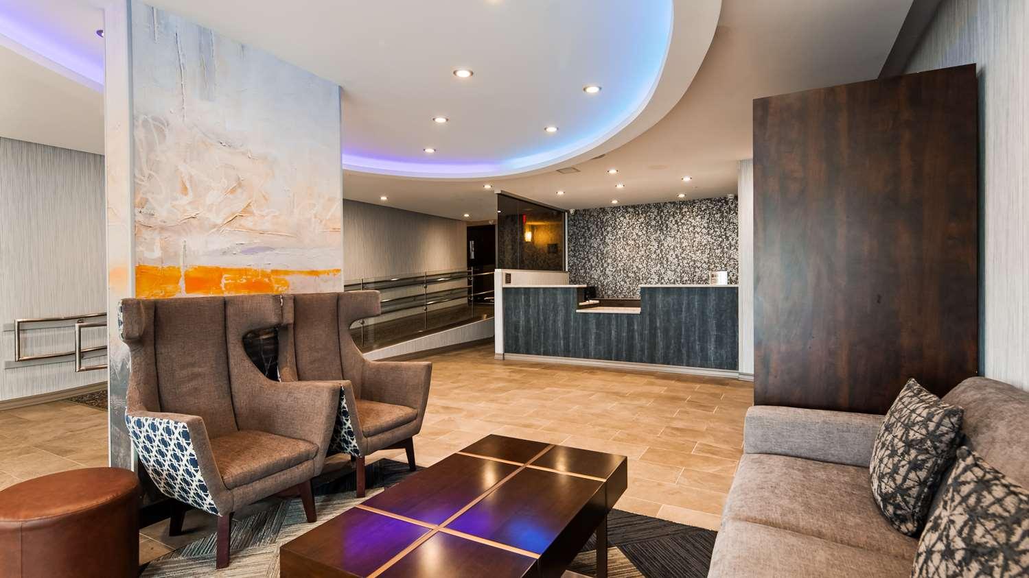 Lobby - Best Western Braintree Inn