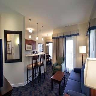 Room - Charwood Suites Columbus