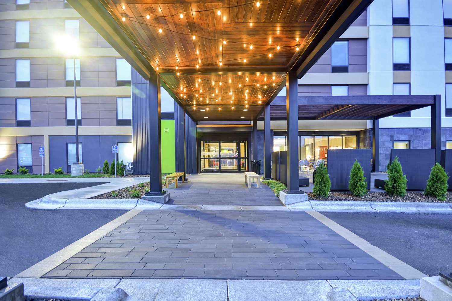 Exterior view - Home2 Suites by Hilton Minnetonka