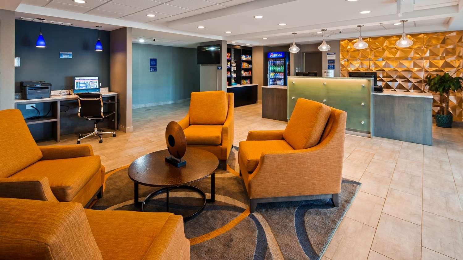 Lobby - Best Western Plus Bolingbrook Hotel