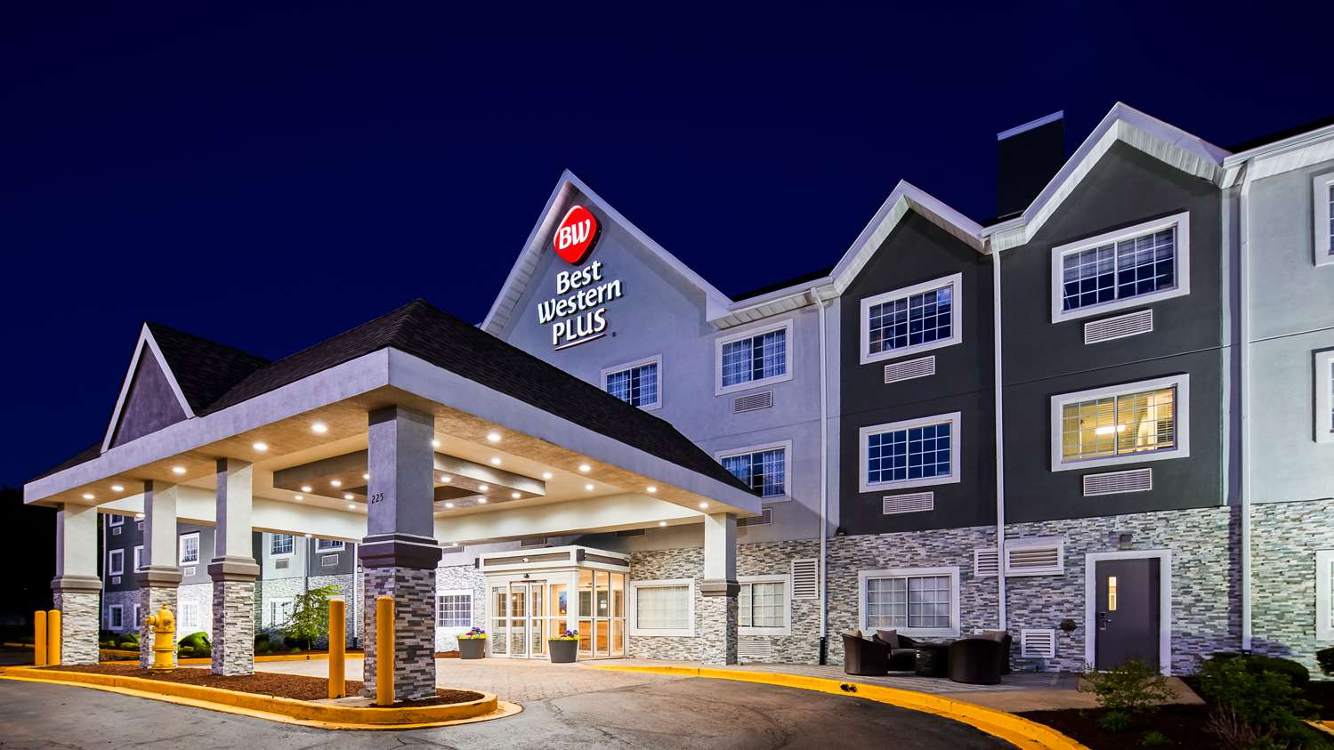 Exterior view - Best Western Plus Bolingbrook Hotel