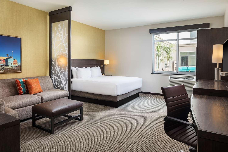 Room - Hyatt Place Hotel Santa Cruz