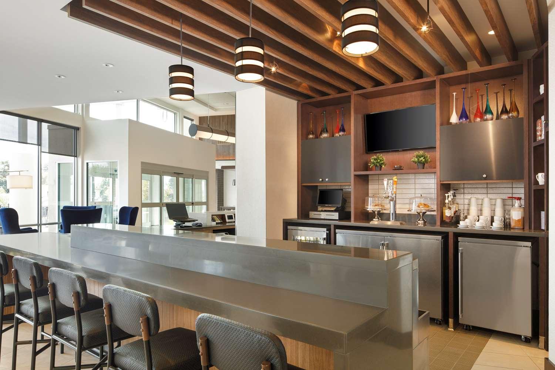 Bar - Hyatt Place Hotel Santa Cruz