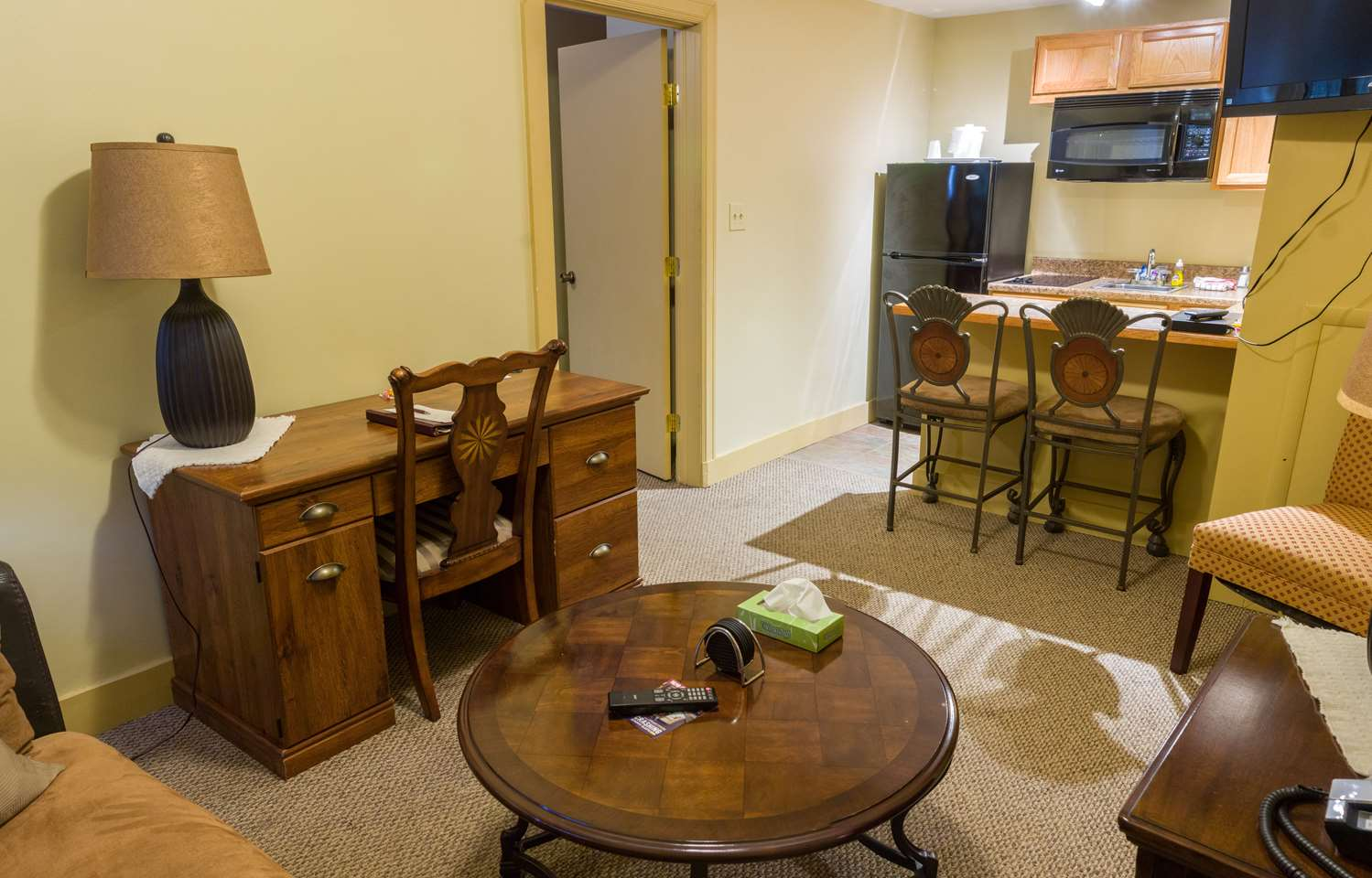 Suite - SureStay Genetti Hotel Williamsport