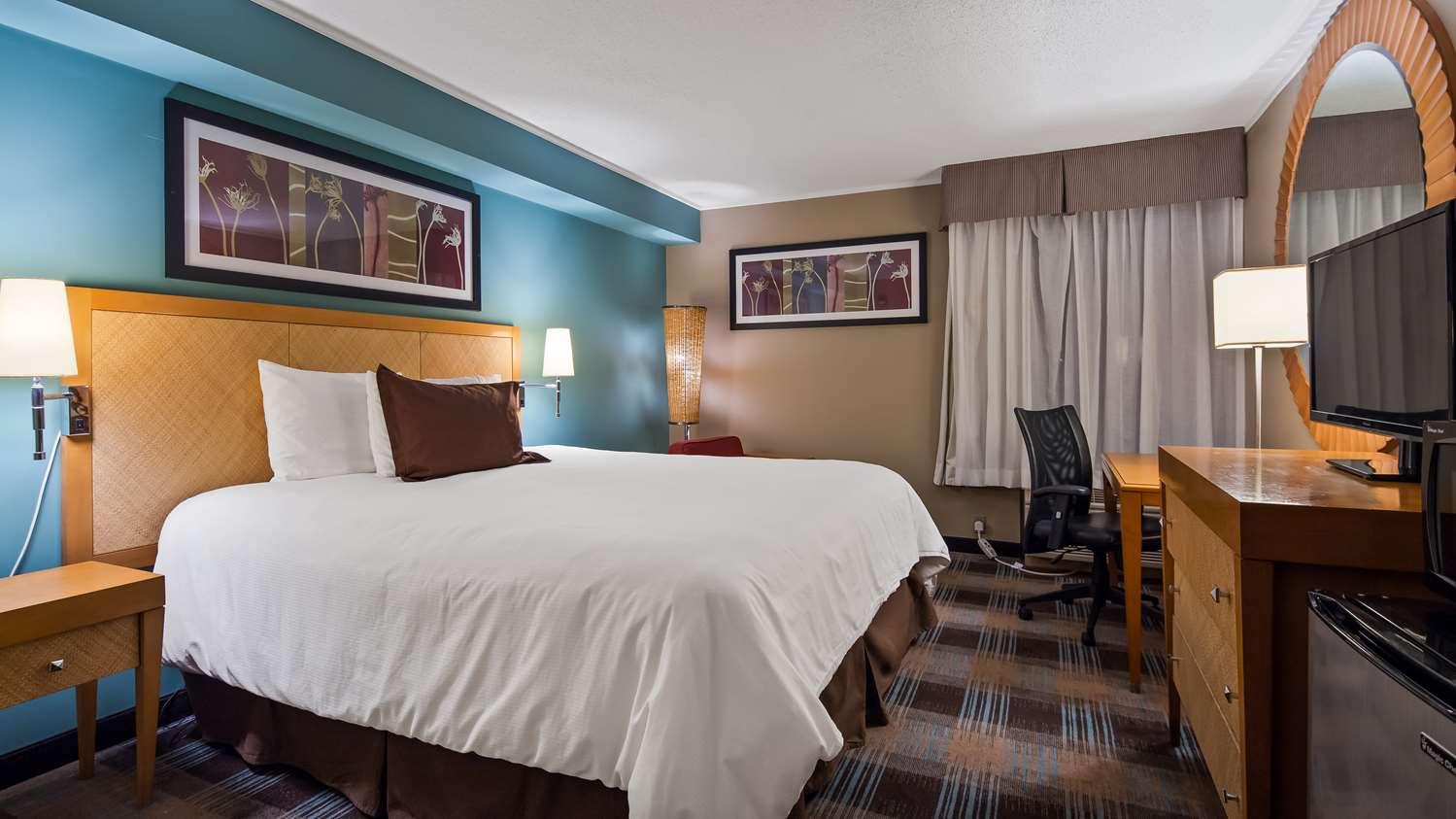 Room - SureStay Plus Hotel by Best Western Jasper