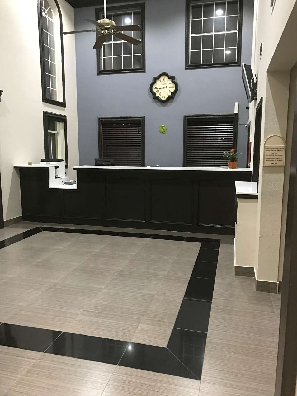 Lobby - SureStay Hotel by Best Western Brownsville