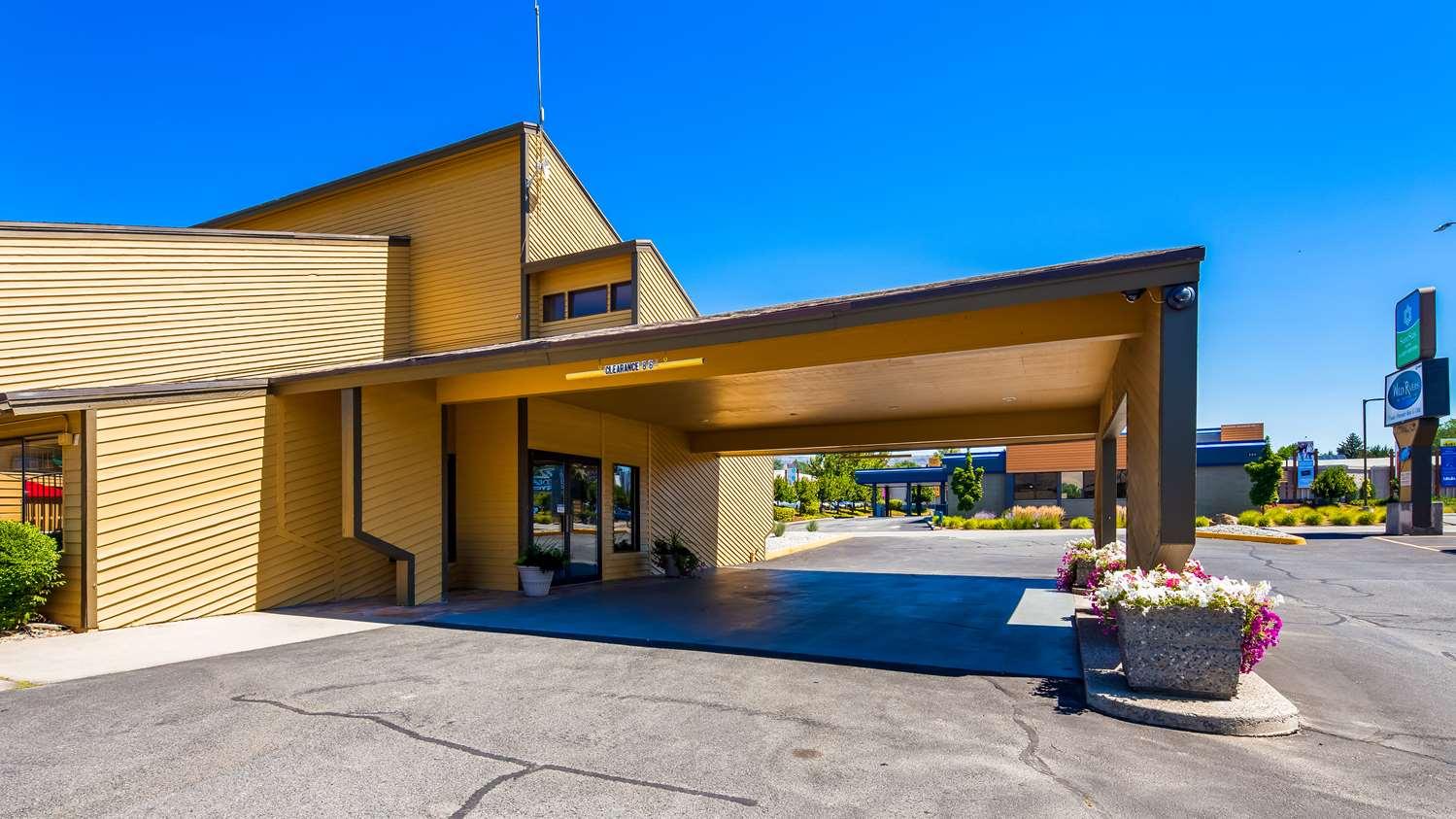 Exterior view - SureStay Hotel by Best Western Wenatchee
