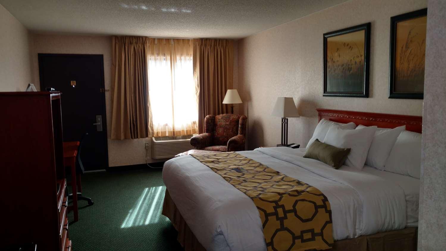 Room - Baymont Inn & Suites Oacoma