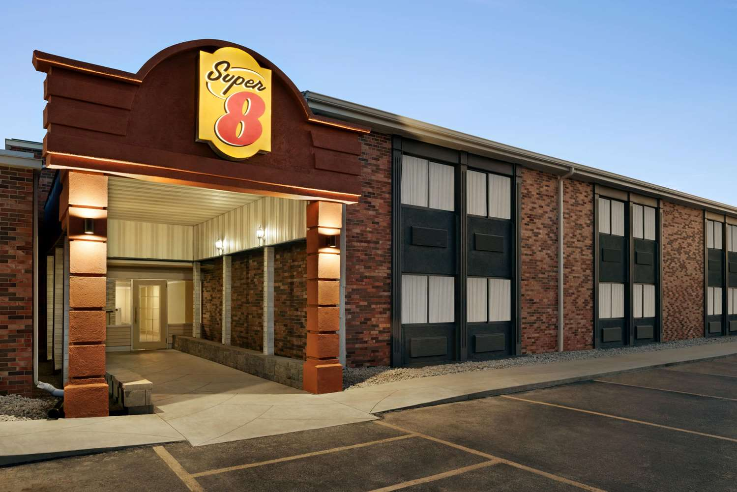 Super 8 Hotel North Des Moines Ia See Discounts