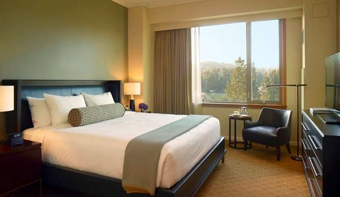 Suite - UCLA Luskin Conference Center Hotel Los Angeles