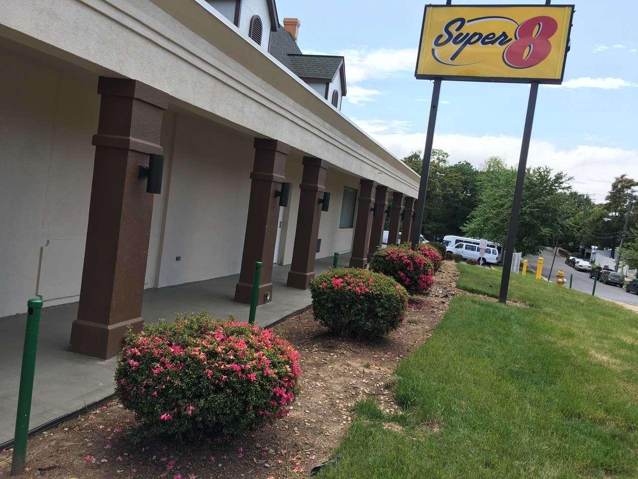 Exterior view - Super 8 Motel West Alexandria
