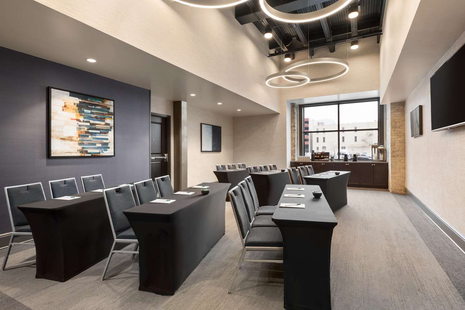 Meeting Facilities - Homewood Suites by Hilton Downtown Milwaukee