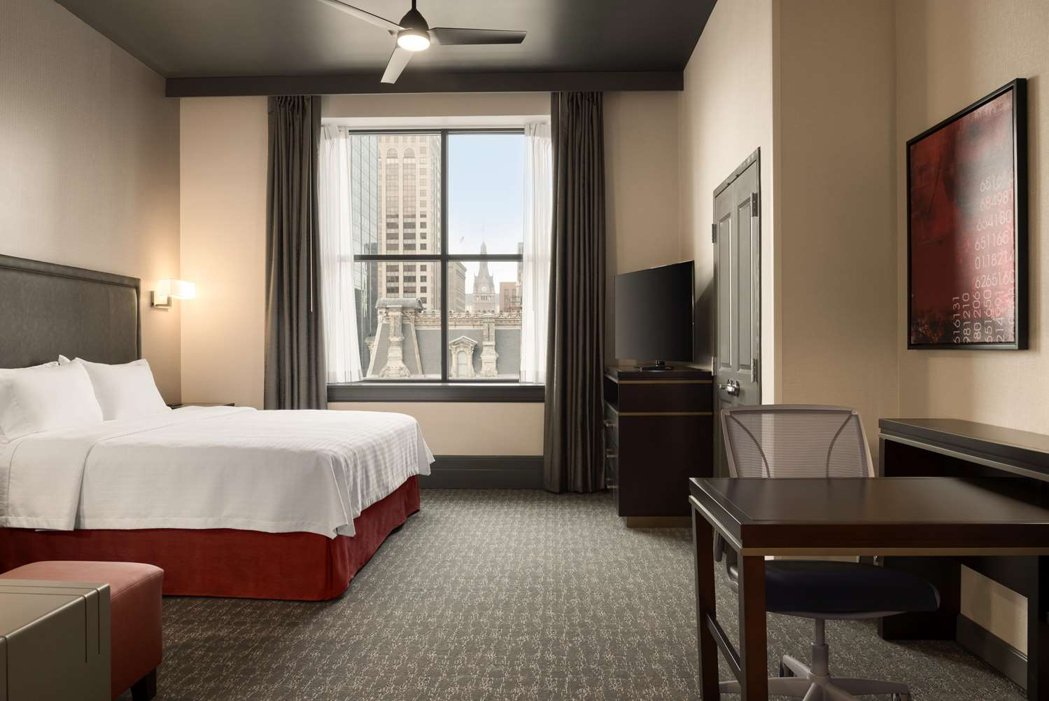 Room - Homewood Suites by Hilton Downtown Milwaukee