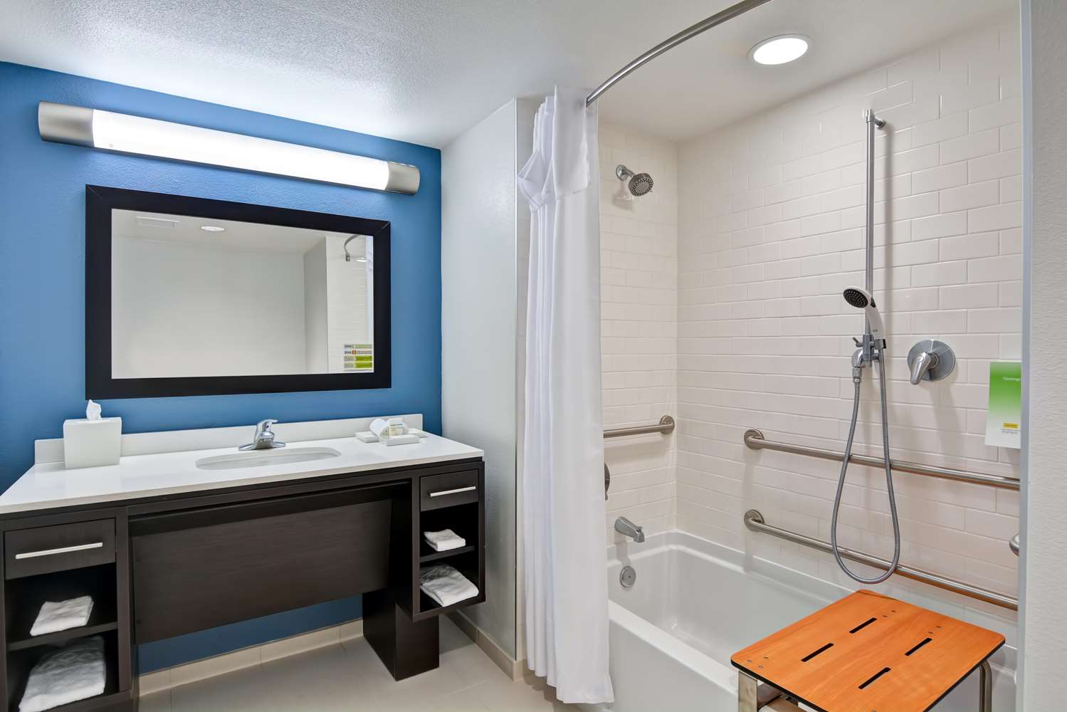 Room - Home2 Suites by Hilton Azusa