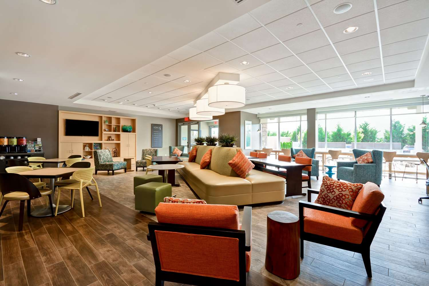 Lobby - Home2 Suites by Hilton Charles Town