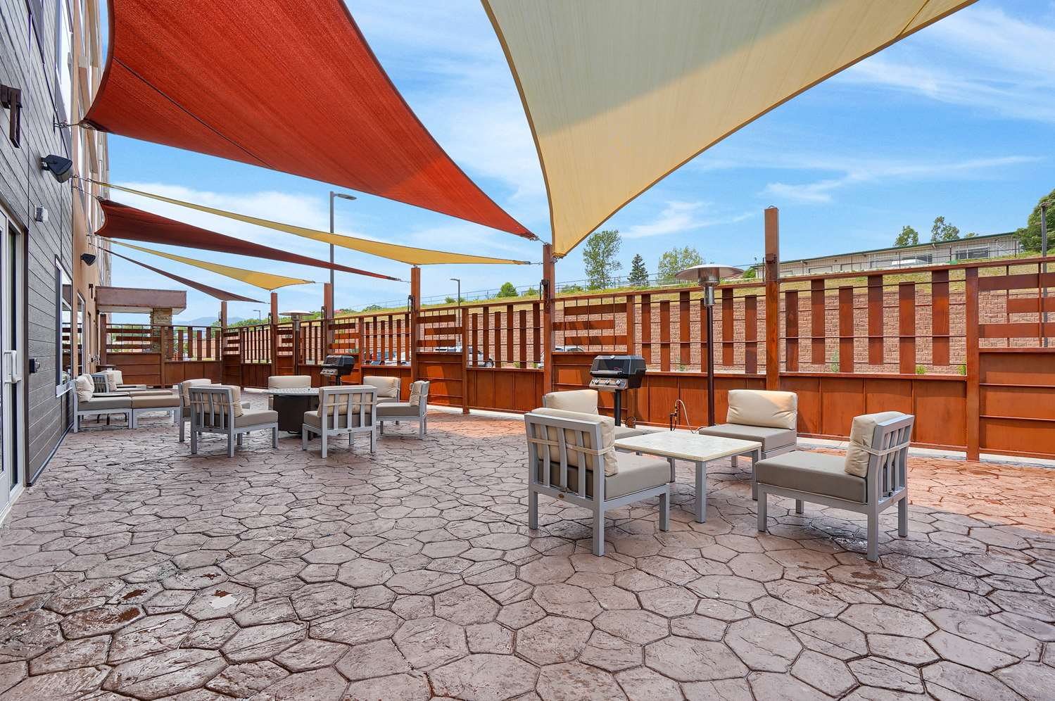 Exterior view - Best Western Plus Executive Residency Fillmore Inn Colorado Springs