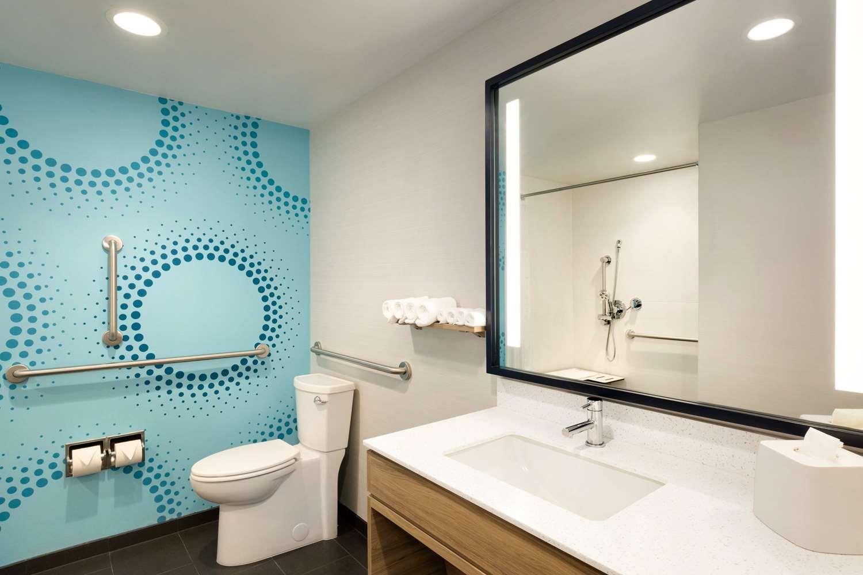 Room - Tru by Hilton Hotel East Lancaster