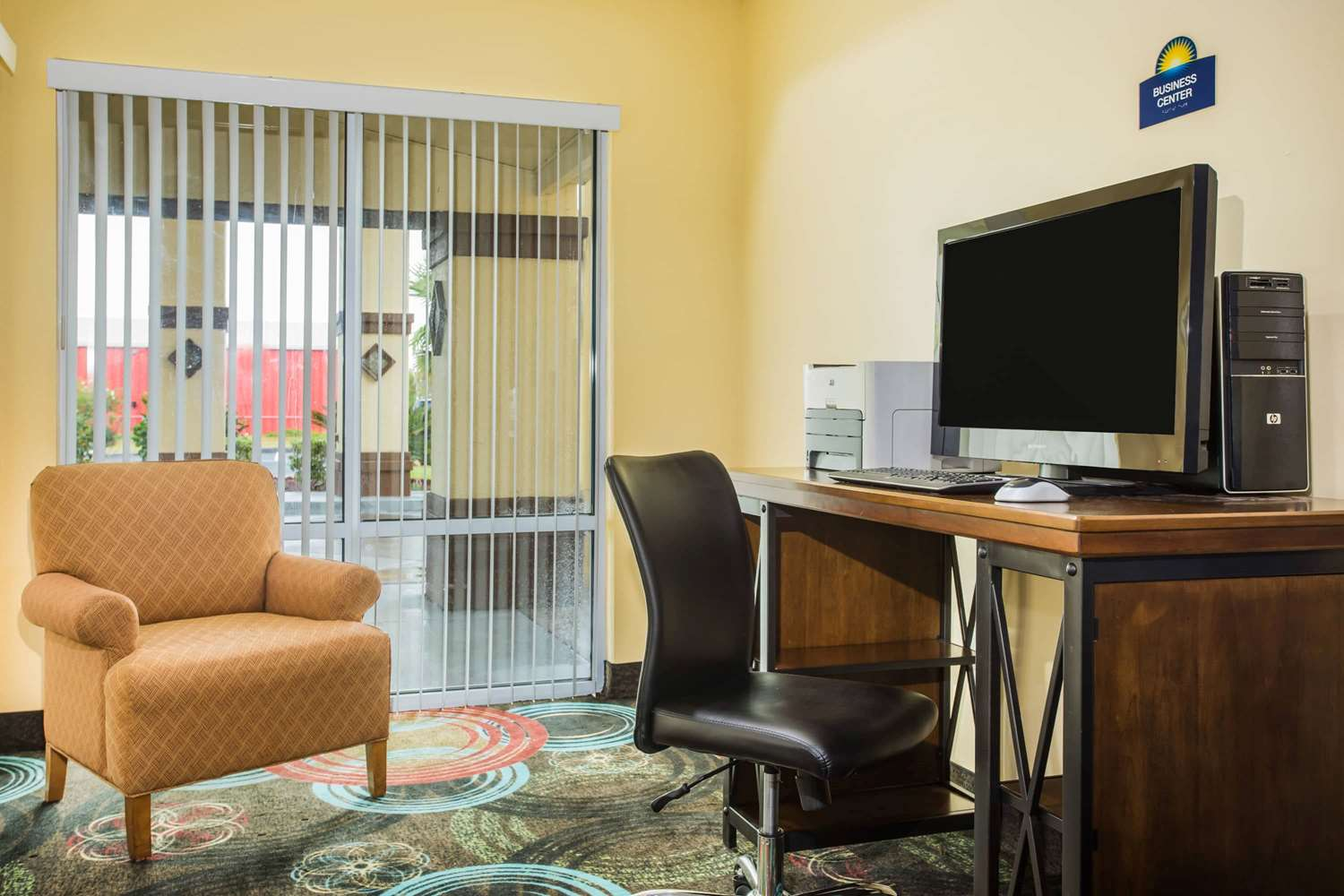Conference Area - Days Inn & Suites Foley