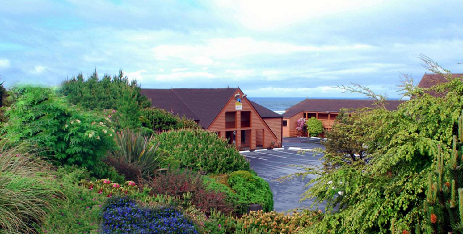 Exterior view - SureStay Plus Hotel by Best Western Gold Beach