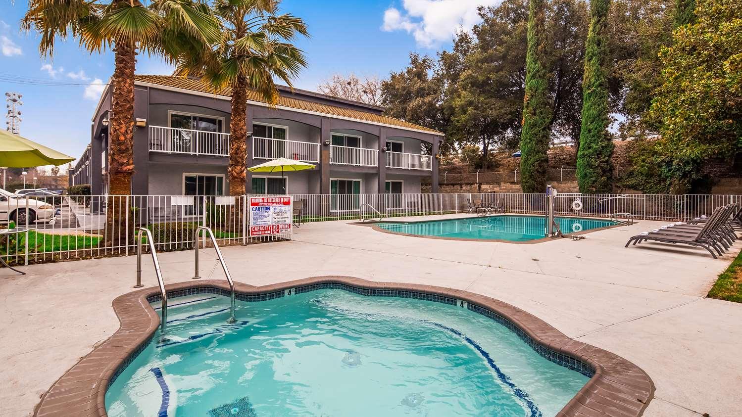 Pool - SureStay Plus Hotel by Best Western North Sacramento