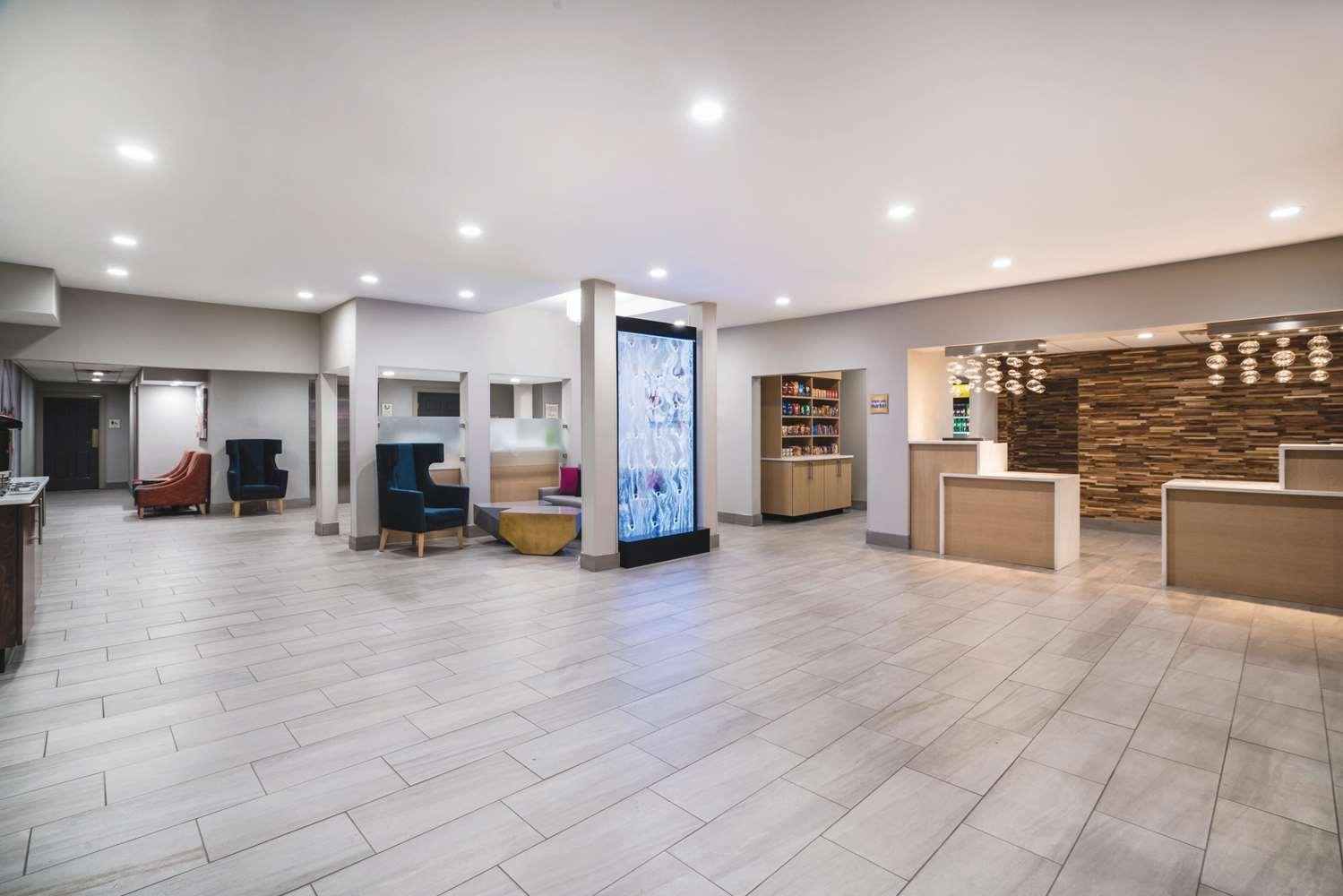 Lobby - La Quinta Inn & Suites Hixson