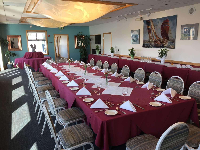 Room - Inn at the Tides Bodega Bay