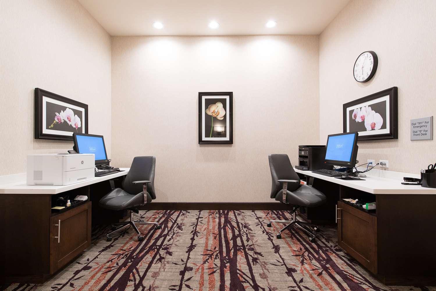 Conference Area - Hampton Inn & Suites Walterboro