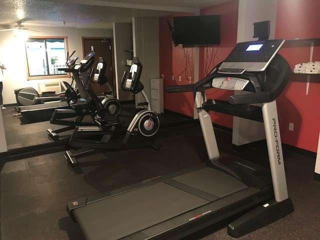 Fitness/ Exercise Room - Ramada Hotel Mt Rushmore Keystone