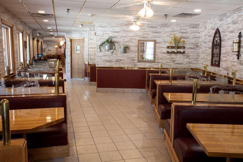 Restaurant - Ramada Hotel Mt Rushmore Keystone