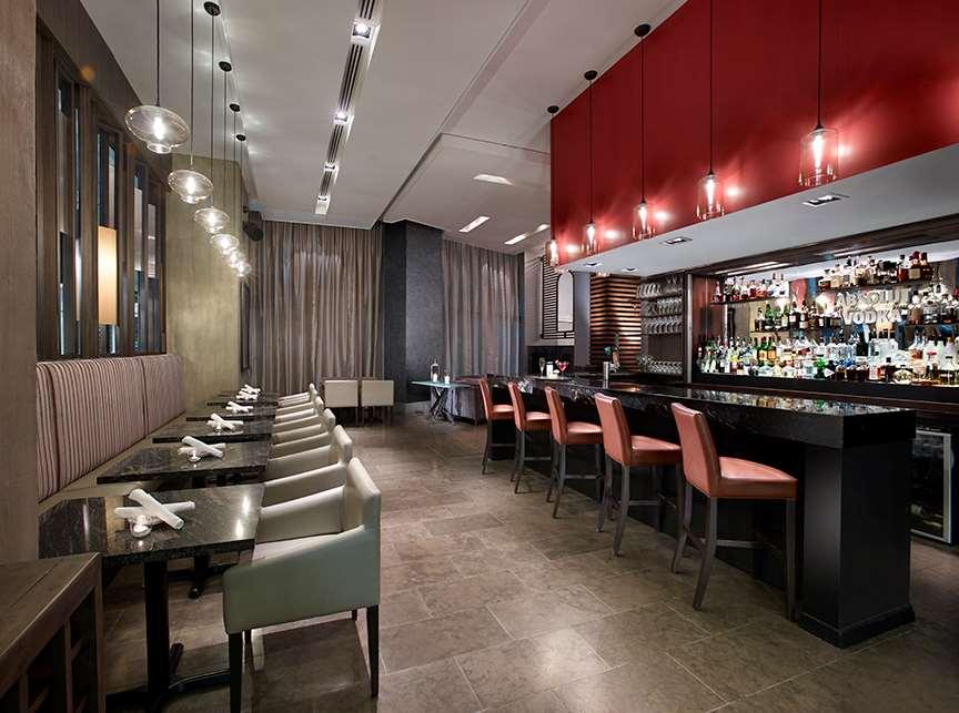 Restaurant - Pantages Suites Hotel & Spa Toronto