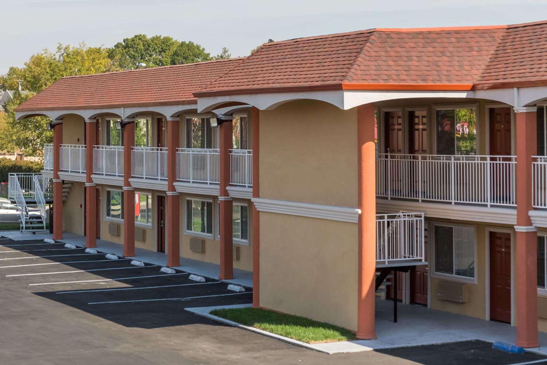 Exterior view - Super 8 Motel Fairfield