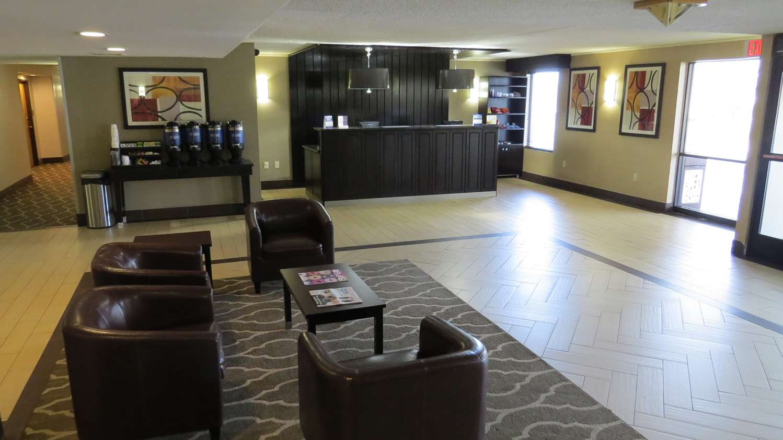 Lobby - Best Western Harrisburg North Hotel