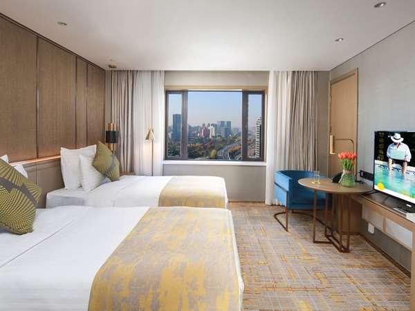 酒店 HOTEL GOLDEN TULIP SHANGHAI RAINBOW - 豪华房,大床