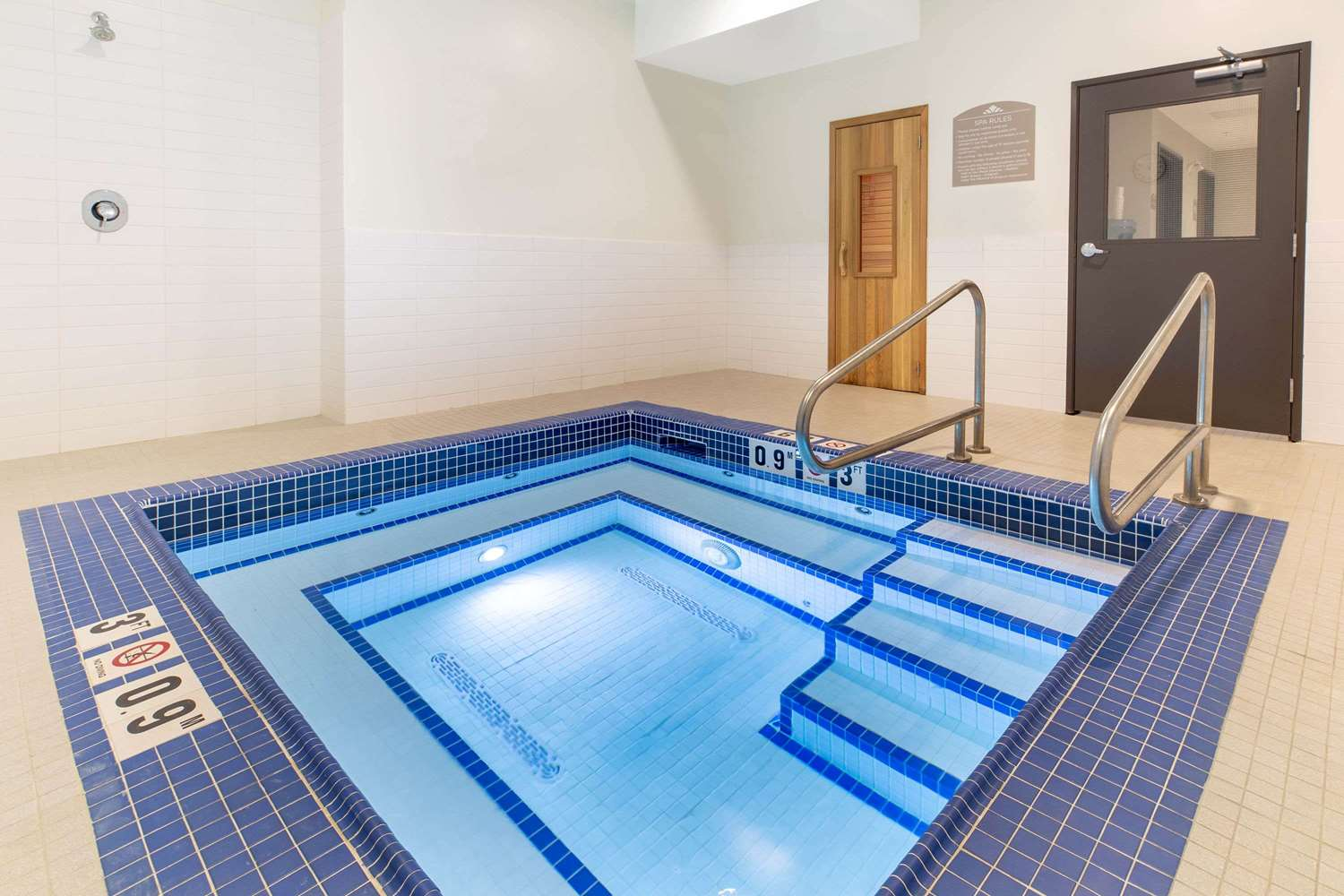Microtel Inn & Suites by Wyndham Fort McMurray, AB - See Discounts