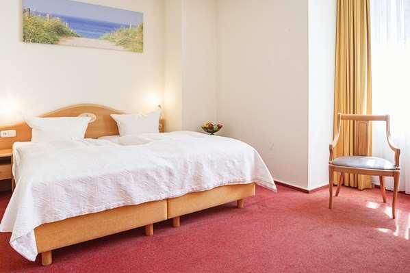 Hotel HOTEL DAENISCHER HOF ALTENHOLZ BY TULIP INN - Comfort Room - King Bed
