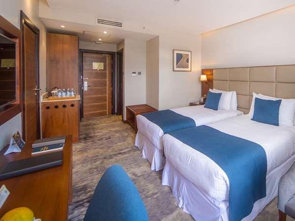Hotel GOLDEN TULIP CANAAN KAMPALA - Superior Room - Single Beds Balcony