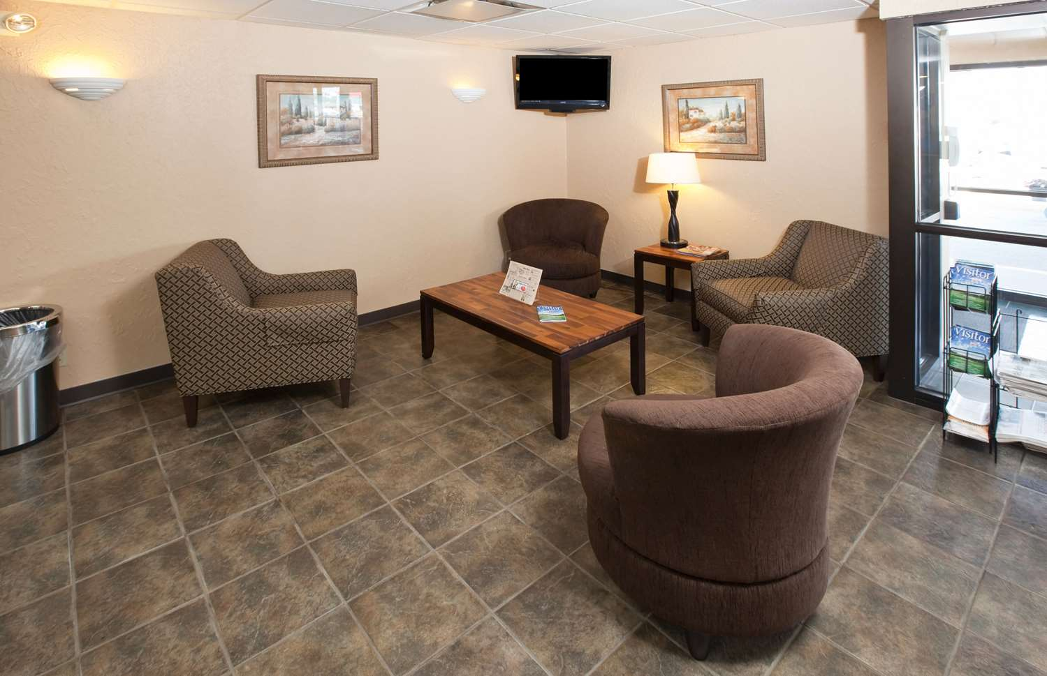 Lobby - GuestHouse Inn Rochester