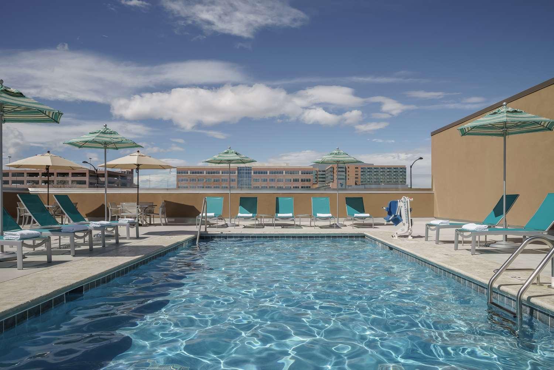 Pool - Hyatt Regency Hotel Conference Center Aurora