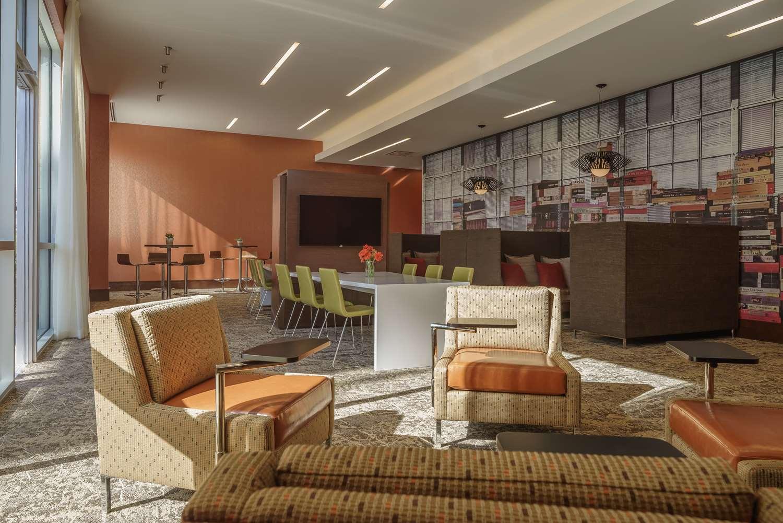 Bar - Hyatt Regency Hotel Conference Center Aurora