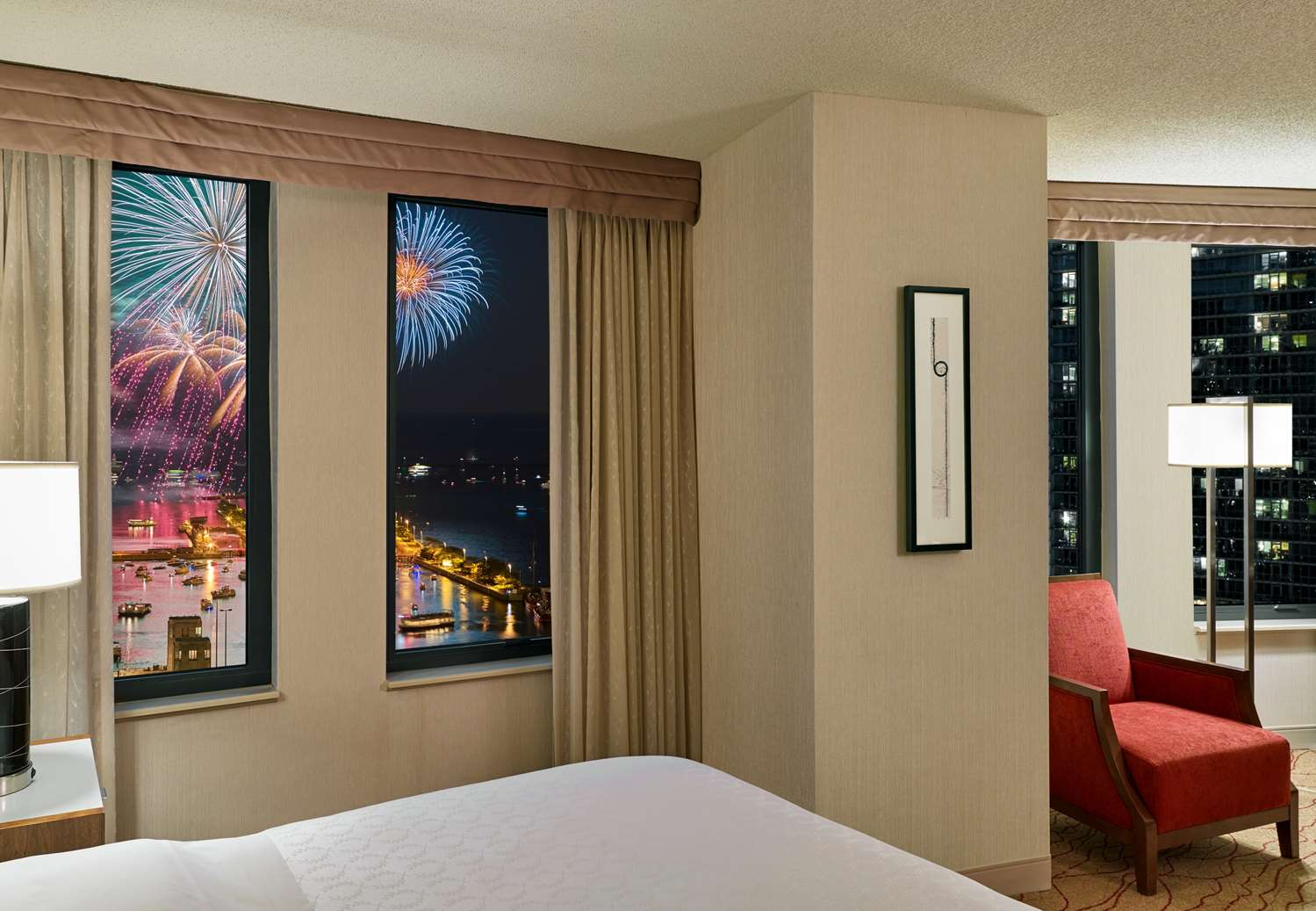 Fireworks View Guestroom