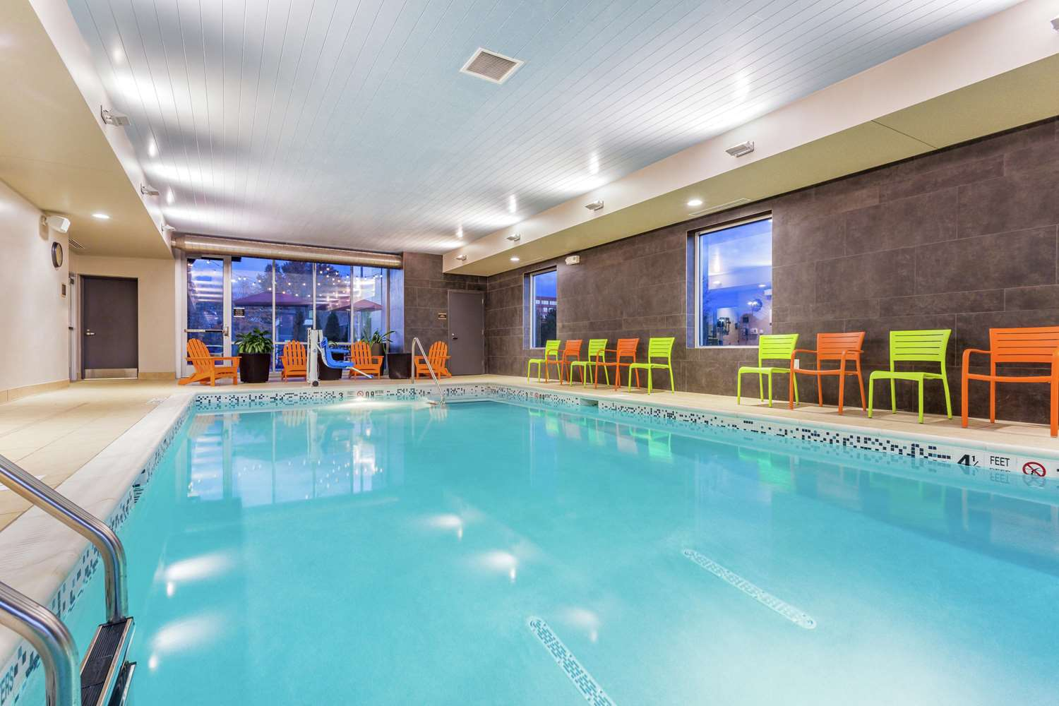 Pool - Home2 Suites by Hilton Airport Albany